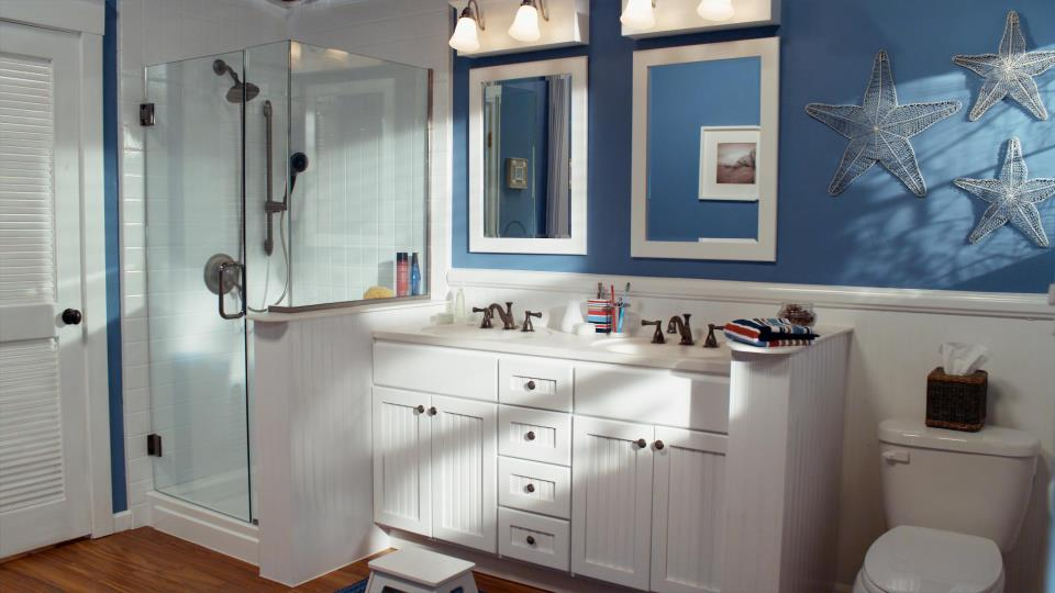 8 Savvy Ways To Decorate A Bathroom With A Nautical Feel