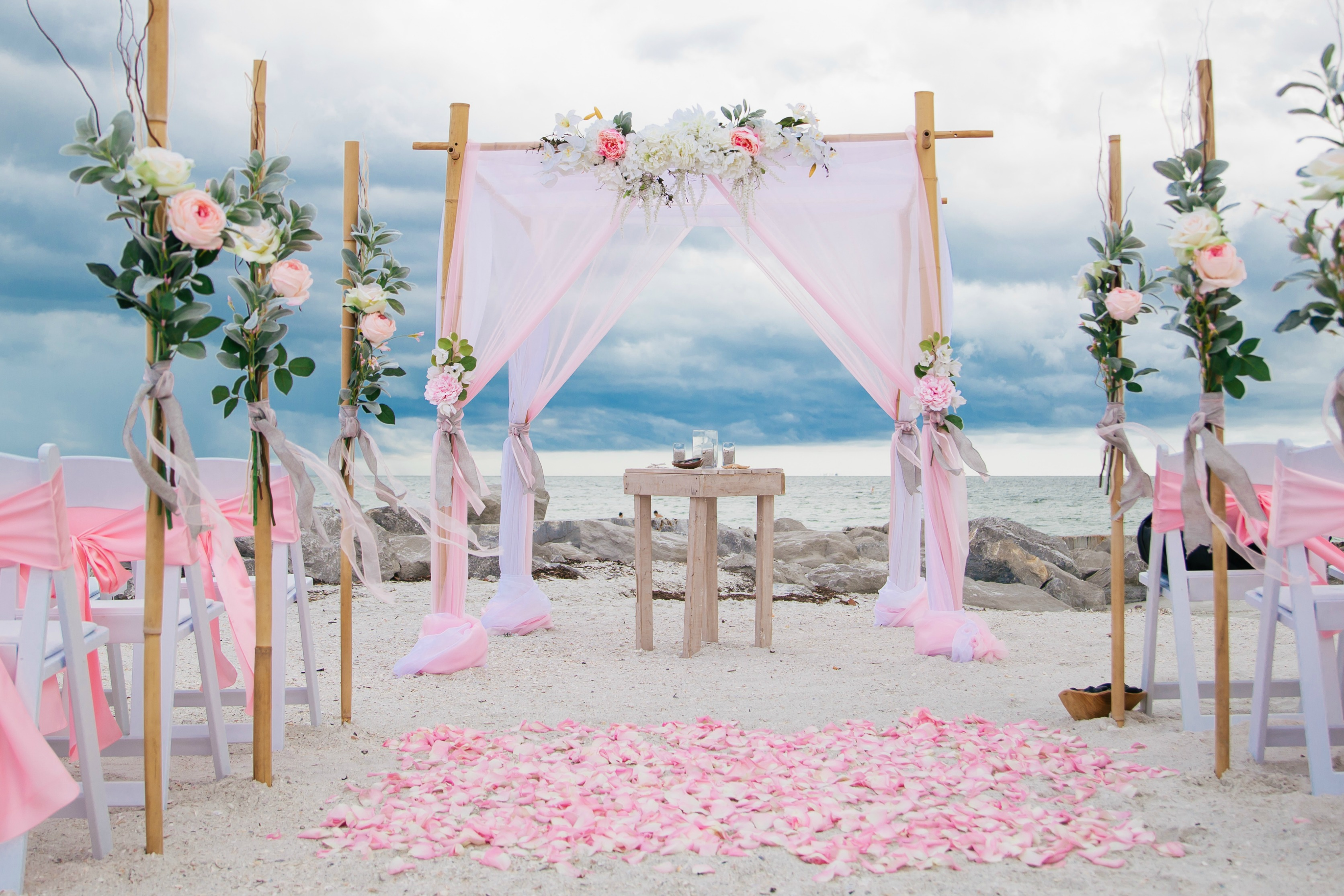 wedding ideas for a beach wedding 3 frugal benefits of a wedding this summer 28007